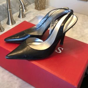 Guess black leather heels